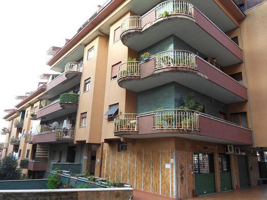 Appartamento genzano di roma vendita affitto for Appartamenti vendita roma